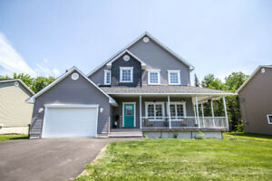 STUNNING, MODERN FAMILY HOME IN BROOKSIDE WEST
