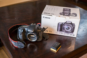 Canon 7d body with extras + flash Strathcona County Edmonton Area image 1