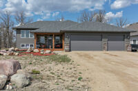 You can't build all this for less!! Fabulous 5 bdrm bilevel!