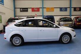 Ford Focus 1.6 ( 100ps ) auto 2011 Titanium car