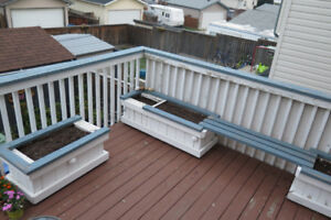 Deck planters with seating