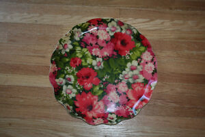 Lrg Pretty Vintage Serving Tray with Floral Design Scalloped Rim Kitchener / Waterloo Kitchener Area image 3