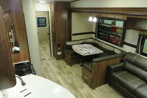 2017 VOLANTE 310BH - Fifth Wheel