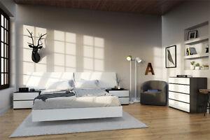 Set de chambre a coucher 5 morceaux, lit,commode,table de chevet