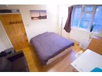 Next to Station & High Street; Large Double Room