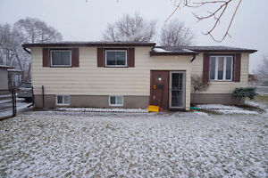 90 Court Lane Open house Saturday March 25th 2-4pm!