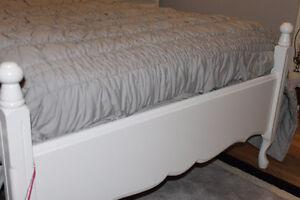 girls 7 piece bedroom set Gatineau Ottawa / Gatineau Area image 2