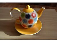 Whittard Hand painted Tea Pot and Saucer