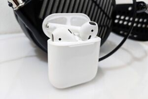 SUPER SALE ON APPLE WIRELESS AIR POD AND OTHER BRAND AIRPOD