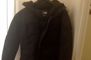MINT CONDITION North Face Men's Down Jacket (Size S)