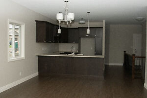BEAUTIFUL Brand NEW Semi-Detached Bungalows for Rent!!
