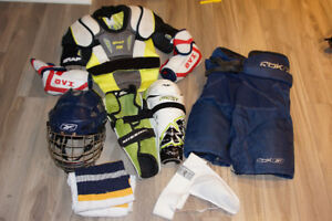 Équipement hockey junior