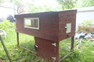 Hen/chicken house