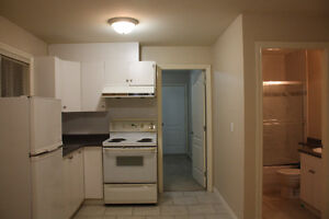 ► ► 1 Bedroom Suite Ground Level in Beautiful Home