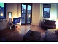 MODERN DOUBLE ROOM Old Street with balcony