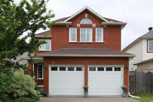 Great Location, No Rear Neighbours, Easy Commute Downtown