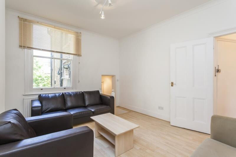 TWO BED FLAT TO RENT IN SOUTH HAMPSTEAD