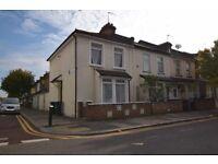 2 bedroom house in Cornwallis Road, London, London, N9