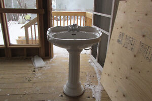Victorian Style Pedestal Sink with new taps Peterborough Peterborough Area image 1