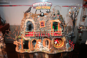 Department 56 – Village Halloween- Haunted Fun House