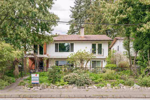 $2975(ORCA_REF#1092-22)PEMB HEIGHTS! TOP OF HOUSE