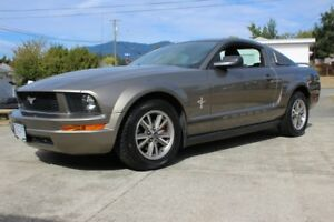 2005 Ford Mustang fastback Coupe (2 door)