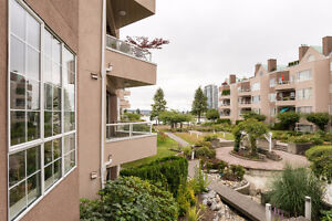 Perfect 1 Bed + 1 Bath Condo with Excellent Layout!!
