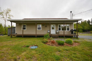 Beautiful Bungalow on Spacious Lot - Cross Road 3
