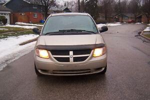2005 Dodge Grand Caravan stowngo Minivan, Van