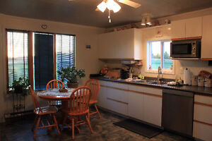 Beautiful 2 Bedroom Acreage by the lakes near St Walburg