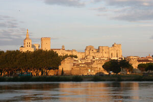 FRANCE - SOUTH near AVIGNON HOME to RENT