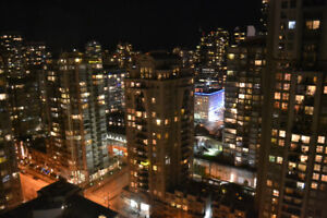 Fully Furnished 29th Flr. Yaletown Studio - All Bills Included