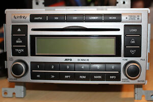Hyundai Santa Fe Factory Radio/CD/MP3 made by Infinity