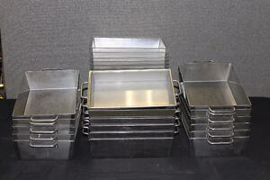 Hot/cold serving pan with insert