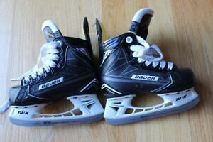 Bauer Hockey Skates Supreme S160 Youth Size 10D