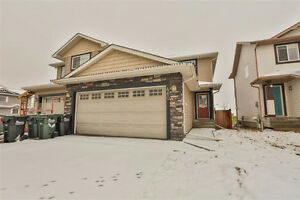 2 Storey in Lakeland Ridge