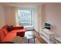 1 bedroom flat in Duckman Tower 3 Lincoln Plaza, Canary Wharf, E14