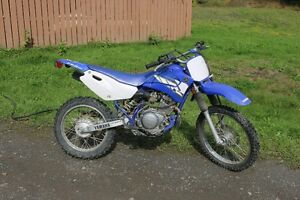 TTR 125 Yamaha dirt bike 4 stroke