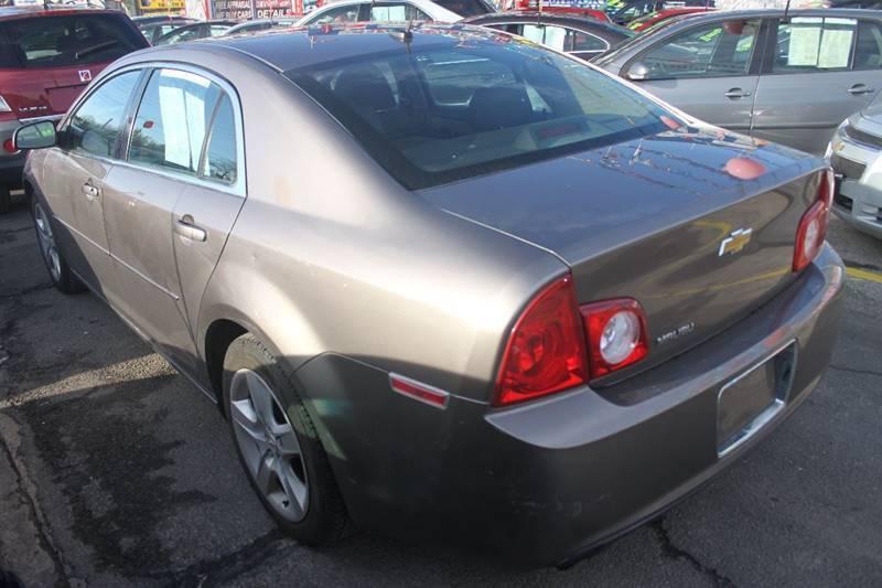 Image 4 Voiture Américaine d'occasion Chevrolet Malibu 2010