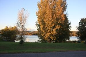 Beautiful Water Front Lot on the Ottawa River