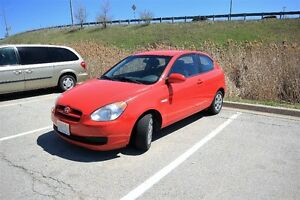 2008 Hyundai Accent Lady Driven Looks & Feel Good