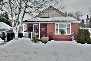 BUNGALOW WITH 4 BEDROOMS!