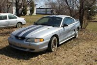1996 Ford Mustang Blue Coupe (2 door)