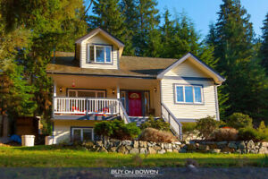 OPEN HOUSE SUNDAY - The Ideal Family Home on Bowen Island