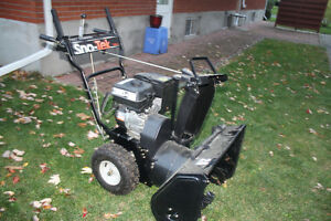 Snow Blower for sale Cornwall Ontario image 3