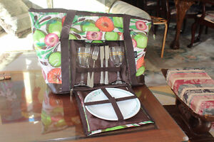 Top quality insulated, waterproof picnic bag for two