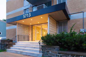 BRIGHT & SPACIOUS LG 2 BR WITH BALCONY STEPS FROM SMU & DOWNTOWN