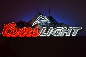 LARGE COORS LIGHT NEON SIGN NICE COLORS