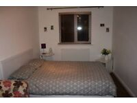 Double Room in PE19, near A1,A14 and train Station