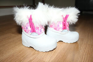 Toddler Girl Size 4 Winter Boots